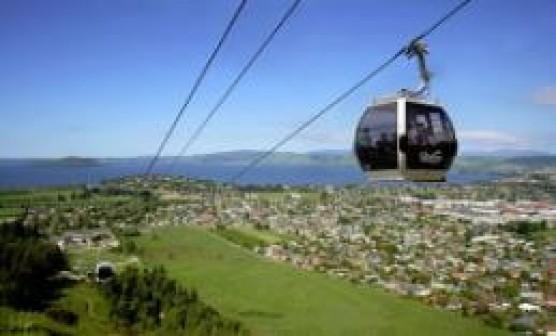 2 night Rotorua & Hobbiton Adventure