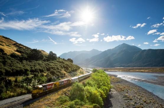 TranzAlpine Day Excursion - Christchurch-Greymouth-Christchurch