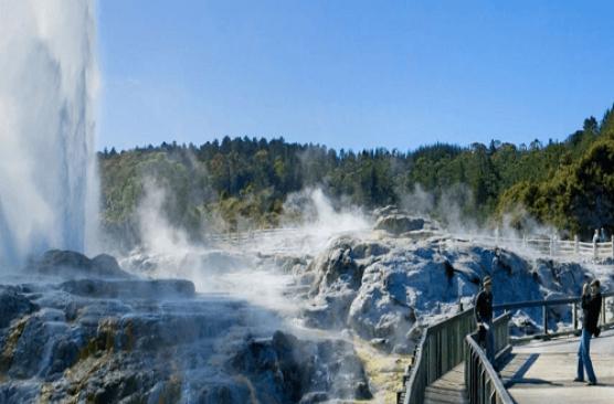 Rotorua Sights and Skyline Gondola Tour